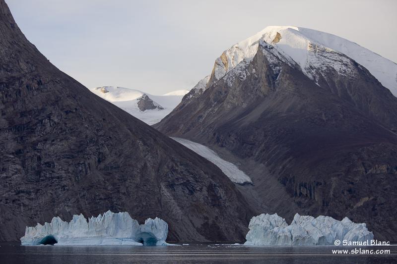 Dans le Fjord de l'Empereur Franz Joseph au Groenland